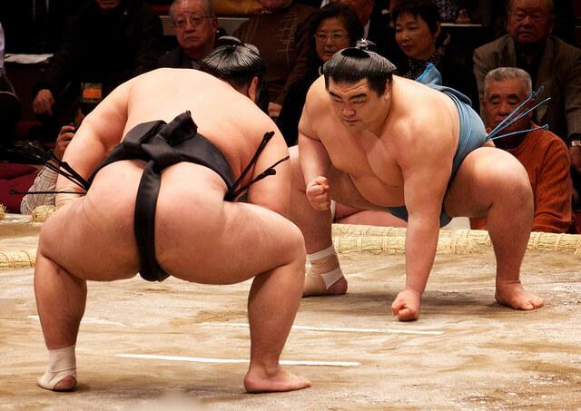 いま、大相撲がアツい!赤ちゃん抱っこ権付きチケットでお相撲さんに会いに行こう!