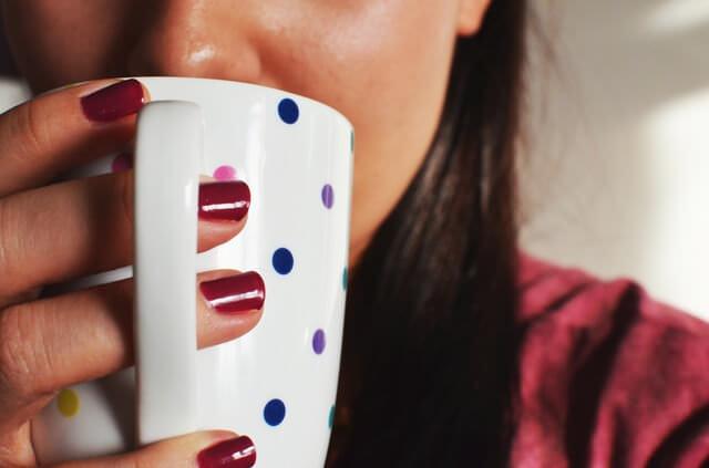 woman-coffee-cup-mug