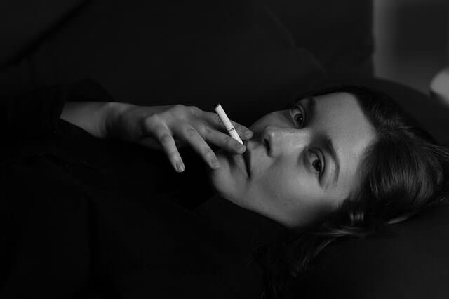 着床出血 禁煙